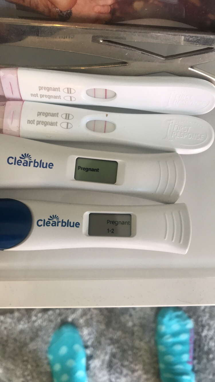 Pregnant weeks at 4 Hcg levels